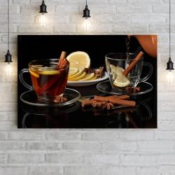 Черный чай с лимоном и корицей